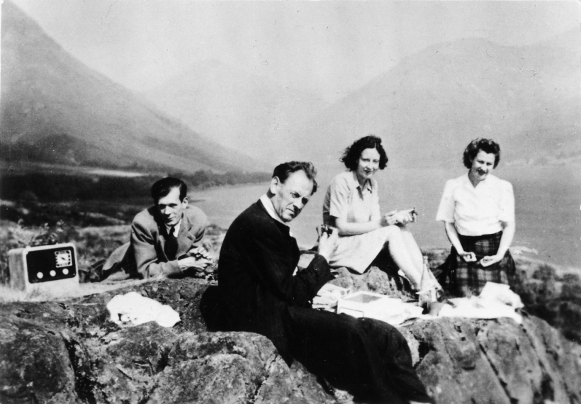Picnic in the Lakes