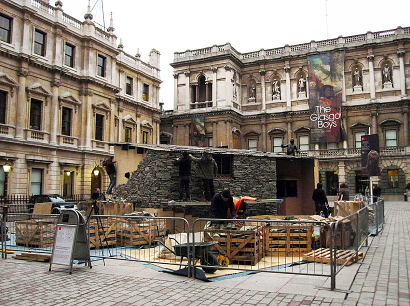 Constructing the replica Merz Barn outside the Royal Academy, Piccadilly, January 2011