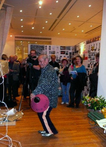 David Medalla performing at the opening of the Merzdorf exhibition.