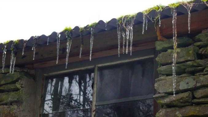 MzB-icicles-1