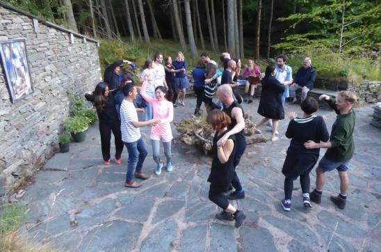 2018-07-19 dance circle 2
