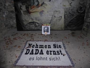 7 Nehmen Sie Dada Ernst for web